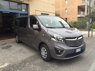 Opel Vivaro long wheelbase 9 seats for rent