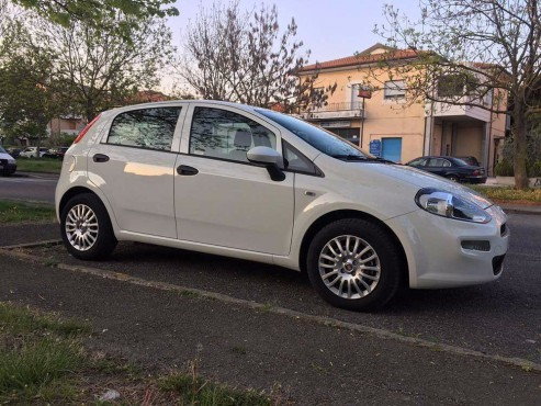Fiat Punto Multijet for rent