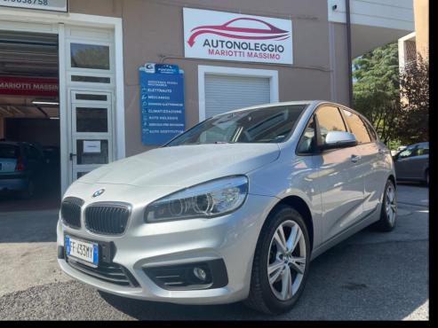 BMW 218D  (2)
